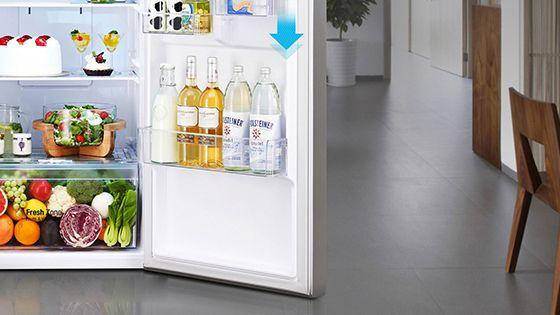 Puerta de refrigeradora abierta