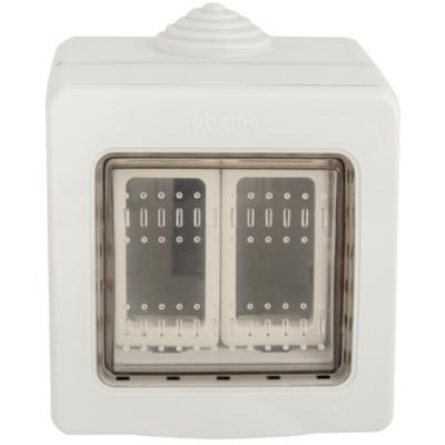 Caja interperie 2 m dulo idrobox gris for Enchufes para exterior