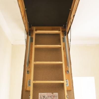 Escaleras de entretecho