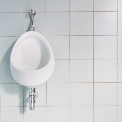 Urinarios y accesorios