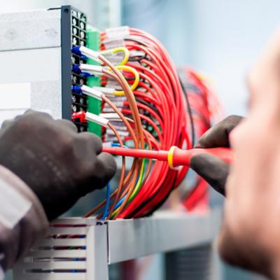 Cables y alambres eléctricos