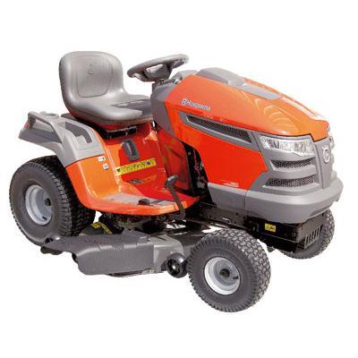 """Tractor a gasolina 20 HP 42"""" 725 cc"""