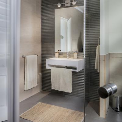 Espejo para baño 70x100x0,5 cm Blanco