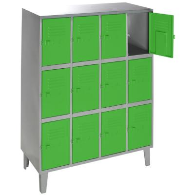 Lockers metálico 4 cuerpos 12 puertas color verde
