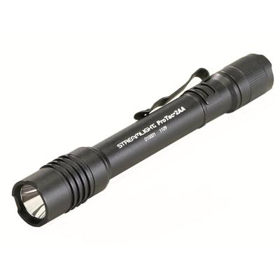 Linterna LED a pilas 2AA - Negra