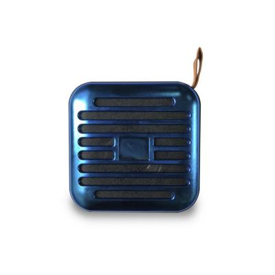 Parlante bluetooth azul metálico