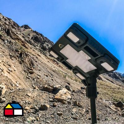 Luz en base a energía solar 12V