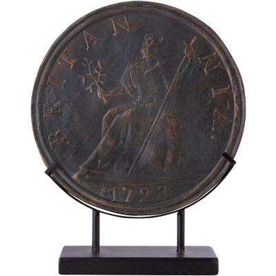 Moneda Antigua en Base 36,5 cm