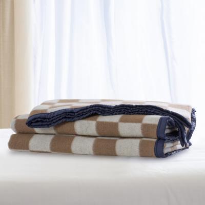 Frazada 100% lana cuadro grande 1.5p vicuña blanco