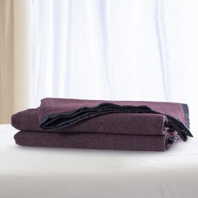 Frazada 100% lana doble faz 1.5 p burdeo blanco