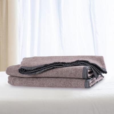 Frazada 100% lana doble faz 1.5 plazas rosa gris