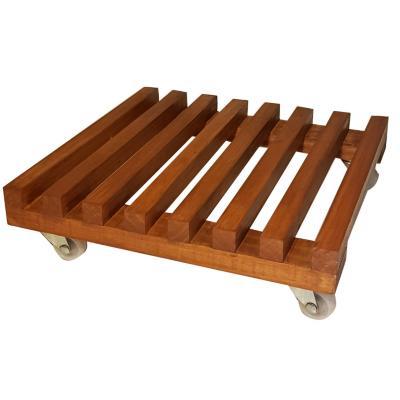 Portamacetero de madera con ruedas
