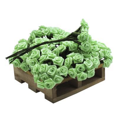 Flor rococó mediano con tallo 144 unidades verde