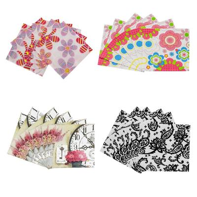 4 paquetes de servilletas de papel 20 unidades c/u