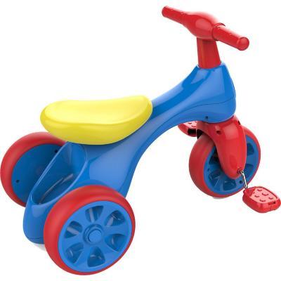 Triciclo azul con pedal
