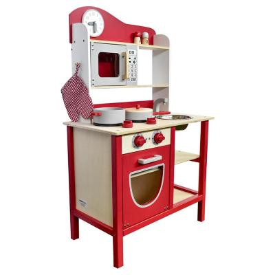 Cocina madera con accesorios rojo