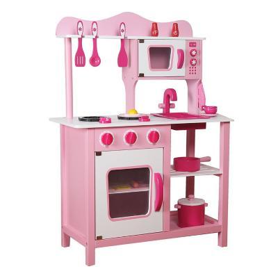 Cocina de madera rosada con accesorios