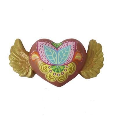 Corazón alado decorativo rojo