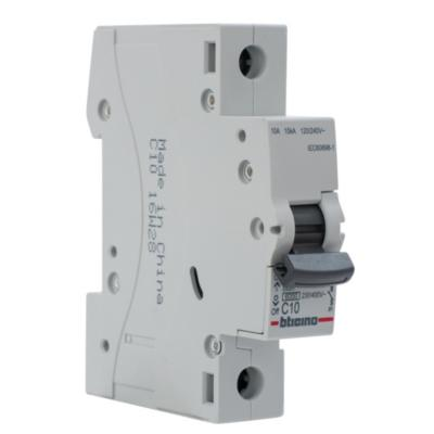Interruptor automático 10 A curva C 6KA