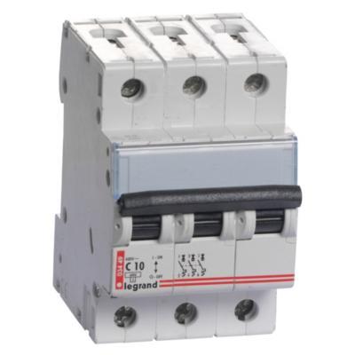 Interruptor automático trifásico 16 A curva C 6KA