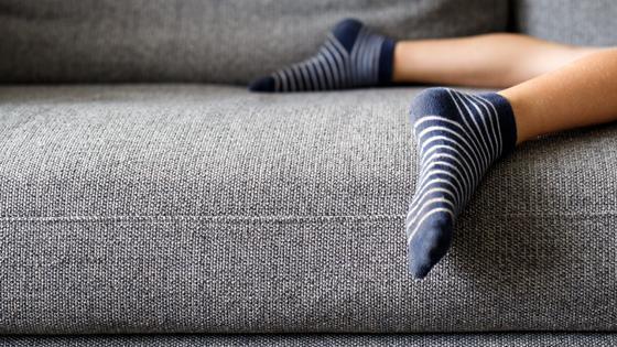 Mantén las superficies de tu casa libres de polvo y pelusas.