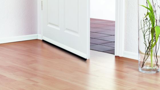aislar puertas; aislante termico puertas; burlete adhesivo; burlete para puertas; burlete de goma; espuma aislante; aislantes termicos; burlete puertas; burlete; burletes de goma; materiales aislantes; burletes para puertas correderas; materiales aislantes termicos; aislamiento térmico; mejor aislante térmico; aislante frio; aislantes termicos para casas; aislamiento de puertas; puertas aislantes