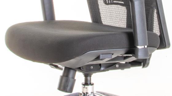 Asiento espuma inyectada con Slider en silla ergonómica Maska-1 de Mikra
