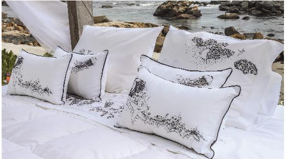 cherry-blossom-ilustraciones-playa-cojines-estrella-acuarela- homy