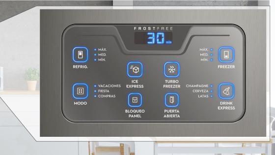 El diseño sobresaliente del BFX 70 de Fensa incluye un panel Blue Touch.