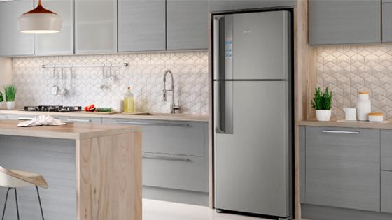 Modernidad y elegancia para tu cocina con el refrigerador Fensa DF56S