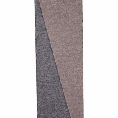 Alfombra de pared a pared gris claro 4m