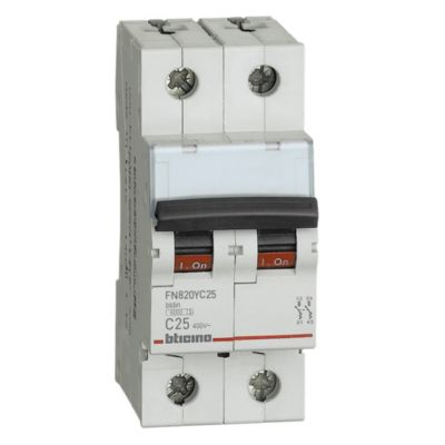 Interruptor Termomagnético 2x25A Bticino