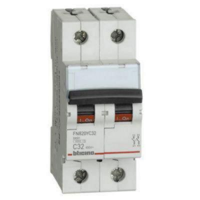 Interruptor Termomagnético 2x32A Bticino