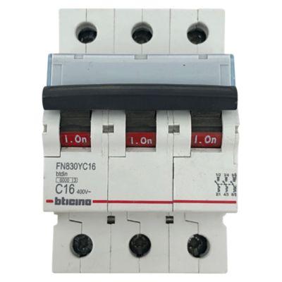 Interruptor Termomagnético 3x16A Bticino