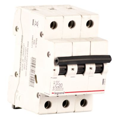 Interruptor Termo magnético RX3 3P-C20