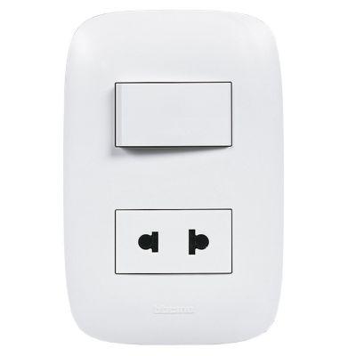Interruptor + Toma Universal Domino Sencia Blanco