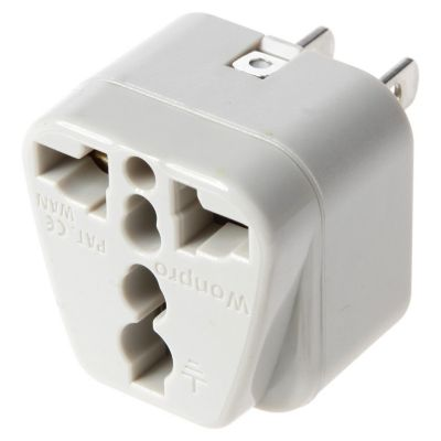 Adaptador Universal 10A 250V Color Gris