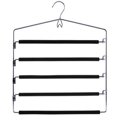 Percha con 5 barras de metal y goma negro