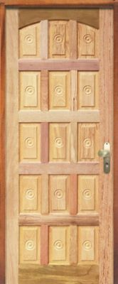Porta Montada Torneada com Fechadura Esquerdo 210x82cm