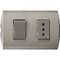 Interruptor y tomacorriente 10 A blanco