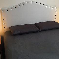 Respaldo de cama 2 plazas iris tachas crudo
