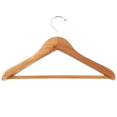Gancho metálico con madera para ropa