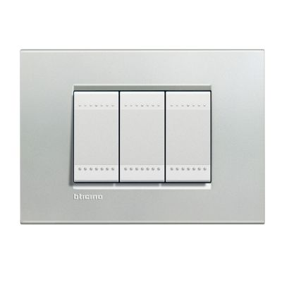 Placa rectangular plata 3 módulos c/chasís