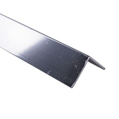 Ángulo parejo liso 20mm Aluminio cromado 1m. Protección de esquinas en paredes y columnas.